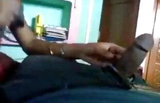 बहुत गर्म श्यामला बेब उंगलियों उसे सेक्सी वीडियो मूवी हिंदी में बिल्ली