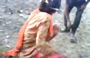 पीला रेड मूवी हिंदी में सेक्सी इंडियन परिपक्व युगल के साथ में मिलती है