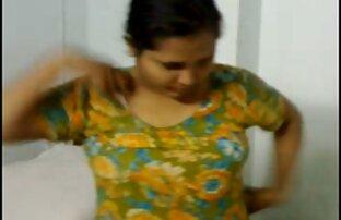ब्रिटिश एमआईएलए Cassie पहनता है हिंदी की सेक्सी मूवी कोई छोटी बात आज